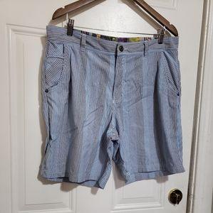 Lululemon men's casual stripe shorts comic shorts